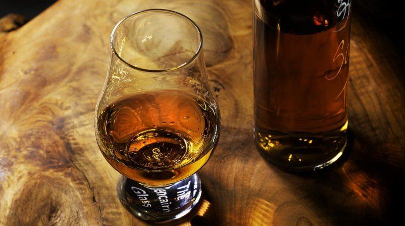 Jak se pije rum?