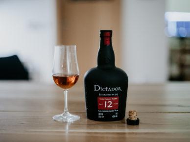 Recenze rumu Dictador 12y Solera Premium Reserve