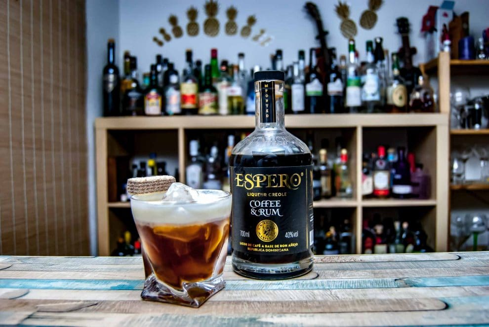 Recenze a porovnání rumů Ron Espero